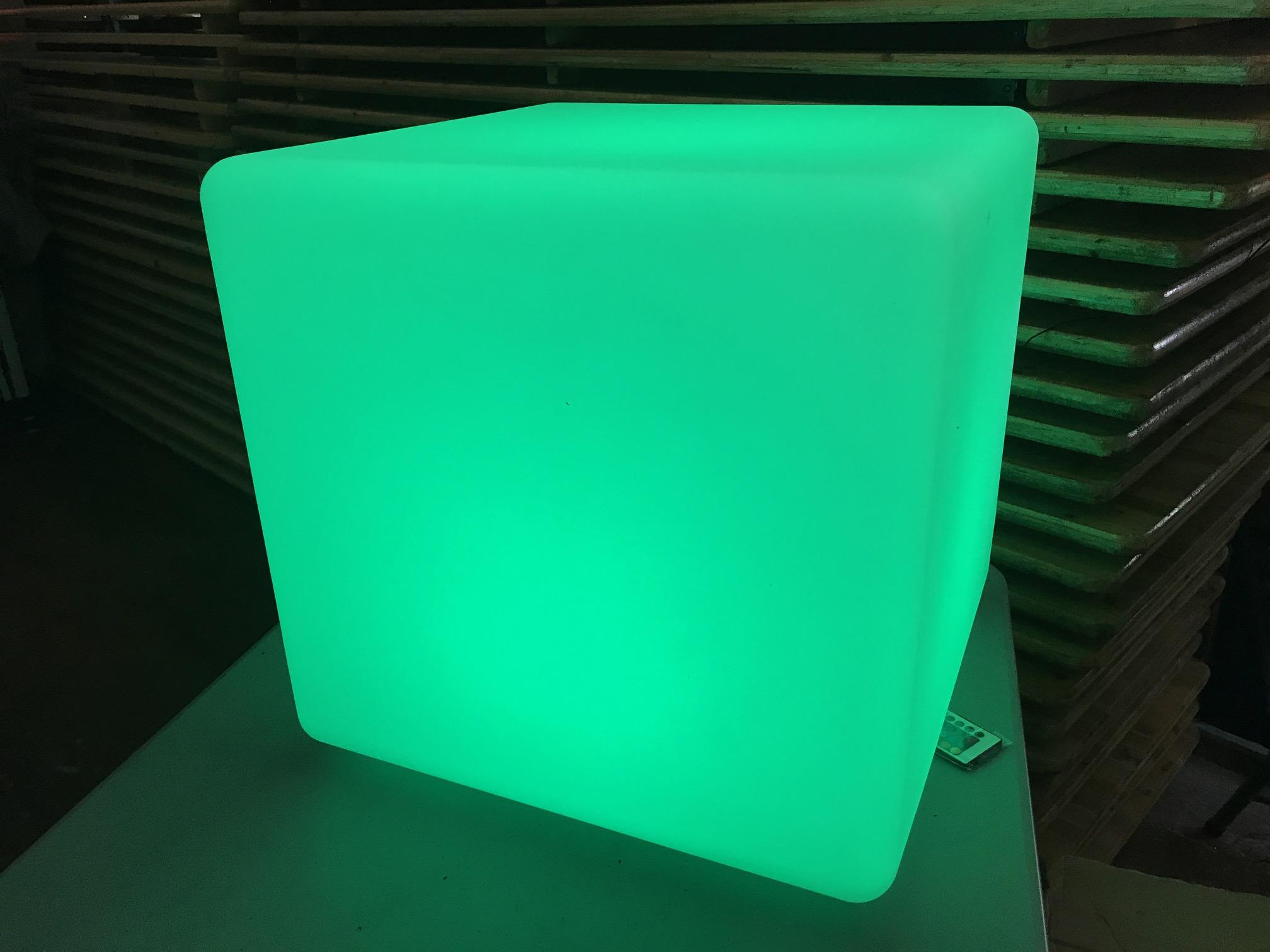 LED KUBS